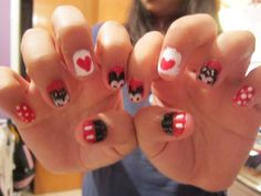 last one i promises :D  Minnie and Mickie Mouse nails