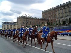 Royal Guards, Gamla Stan Old Town, Stochholm, Sweden List Of Countries, Countries To Visit, Swedish Symbols, Travel Deals, Travel Destinations, Stockholm, Sweden Places To Visit, About Sweden, Sweden Travel