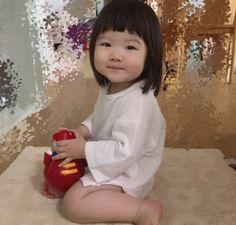 Short Bangs, Asian Babies, Yoonmin, Jesus Loves, Diy Nails, Dancer, Scenery, Flower Girl Dresses, Wedding Dresses
