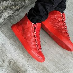 「balenciaga red sneakers」の画像検索結果 High Top Sneakers, Red Sneakers, Puma Platform, Platform Sneakers, Balenciaga, High Tops, Shoes, Fashion, Red Trainers
