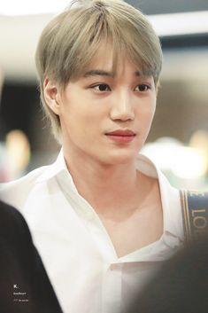 Kai [HQ] 181119 Incheon Airport, departing for Kaohsiung Baekhyun Chanyeol, Exo Kai, Taemin, Shinee, Luhan And Kris, Exo Korean, Xiu Min, Kpop Exo, Actor