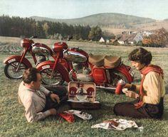 Motorcycle Style, Vintage Bikes, Scrambler, Custom Bikes, Motorbikes, Vintage Posters, Techno, Retro, Vehicles