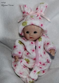 mini ooak original hand polymer sculpt clay baby art doll Elizabeth Vandal