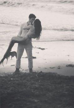 caught himself a true love sand