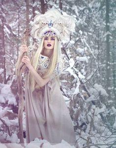 Snegurochka (Russian snowmaiden) photo by Viona Ielegems, model Zely Mannequin-Model