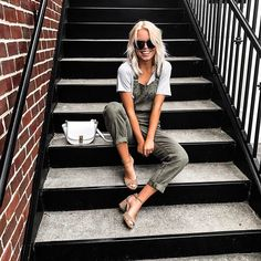 Overall, we think this look is adorable and the perfect balance of casual and trendy. See what we did there? Style these olive Level 99 overalls with one of our Z Supply tees and a block heel for the ultimate cool-girl vibes. Shop the entire look online or in store!