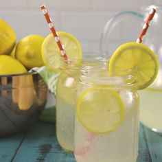 Toast to summer. On a hot summer day, nothing is better than Homemade Lemonade. Healthy Smoothies, Healthy Drinks, Healthy Recipes, Fruit Smoothies, Juice Recipes, Fruit Juice, Healthy Shakes, Fruit Snacks, Lemon Recipes