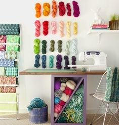 23 Craft Studios ~ love this idea for yarn storage! Yarn Storage, Craft Room Storage, Fabric Storage, Craft Organization, Craft Rooms, Storage Ideas, Organizing, Storage Boxes, Space Crafts