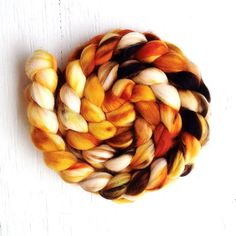 HONEYBEE color, spinning fiber, superwash merino, nylon, roving, handpainted, hand dyed, top, merino, hand dyed roving