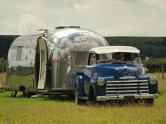 love the truck and streamline trailer <3