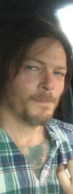 Ok fangirls - who knows anything about Norman's new tattoo?!? It make me worried for Daryl's character since it's pretty visible! It couldn't be a fake tattoo for the movie he's filming too, could it??