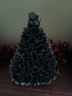 Knitting Lace Christmas Tree Pattern : 1000+ images about knitting projects on Pinterest Paper cones, Christmas tr...