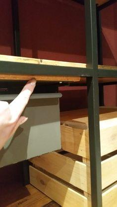 comptoir d accueil et bureau pas cher pour un petit commerce bidouilles ikea pinterest. Black Bedroom Furniture Sets. Home Design Ideas