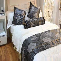hot saling colorfull quality hotel bed runner