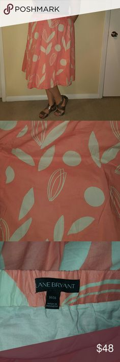 Beautiful spring/summer skirt!!!! Beautiful spring/summer skirt!!!!  The skirt is ready to pair with your favorite sandals and any form-fitting top! Update FEB 23, 2017 – I AM MOVING!  Everything must go!!!!  Everything is priced to sell and I am willing to accept offers!!!!  *NO trade! Lane Bryant Skirts Midi