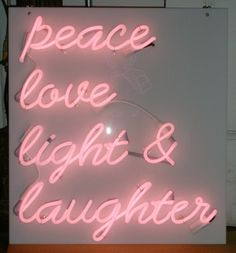 kiss my neon Neon Signs Quotes, Pink Quotes, Love And Light, Peace And Love, Light Quotes, Blur Quotes, Neon Words, Neon Wallpaper, Neon Aesthetic