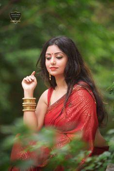 Posts about rupsa saha chowdhury pics written by Beautiful Saree, Beautiful Gorgeous, Beautiful Indian Actress, Beautiful Actresses, Simply Beautiful, Gorgeous Women, Saree Photoshoot, Photoshoot Ideas, Saree Models