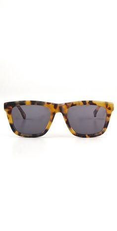 0277a4f6d0 10 Best Sunglasses images   キャッツアイのメガネ, 猫目メイク, 50 ...