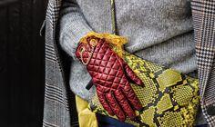 Per completare il look e coprirsi dal freddo di una new york innevata ho scelto i guanti in pelle bordeaux Antonella Ferrante; total made in italy.