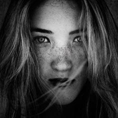 Amazing Photography by Jeremy Cowart | Cruzine