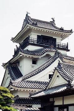 Japanese Castle, Beautiful Scenery, Castles, Mansions, Architecture, House Styles, Photography, Mansion Houses, Arquitetura