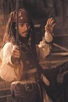 """Johnny Depp as """"Captain Jack Sparrow"""" in Pirates of the Caribbean.You can find Captain jack sparrow and more on our website.Johnny Depp as """"Captain Jack Sp. Film Pirates, The Pirates, Pirates Of The Caribbean, Jack The Pirate, Captain Jack Sparrow, Robin Williams, Hayley Williams, Jack Sparrow Quotes, Johnny Depp Characters"""
