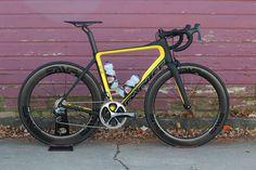 Parlee esx aero road bike yellow matte black Enve wheels