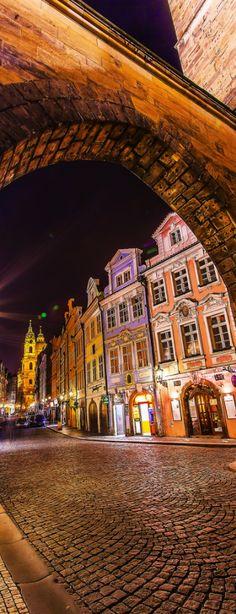 La nuit à Prague, Tchéquie #night #Czechia #travel