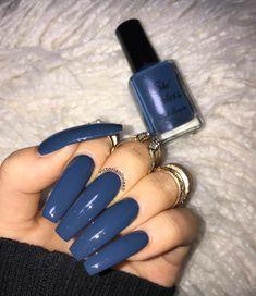 I wouldnt have my nails this long but the color nail designs Aycrlic Nails, Blue Nails, Nail Swag, Best Acrylic Nails, Colored Acrylic Nails, Luxury Nails, Dream Nails, Gorgeous Nails, Trendy Nails