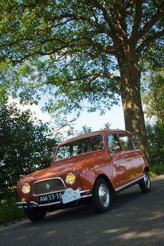 French Classic, Classic Cars, Retro Cars, Vintage Cars, Custom Vespa, Automobile, City Car, Small Cars, Automotive Design