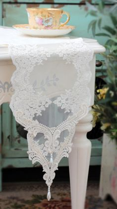 doily table runner for wedding | Handmade Wedding VTG Handmade Rose Table Doily Runner,Embroidery ...