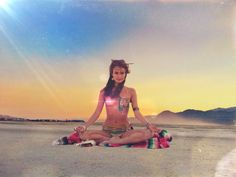 Thess Pictures Prove That Burning Man Is the Perfect Place For Meditation and Yoga Lovers. - MCXV