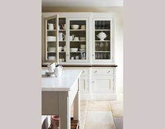Freestanding is the look of the moment, and it's shown beautifully here in this China cupboard by Martin Moore, martinmoore.com. White does look timeless, doesn't it.