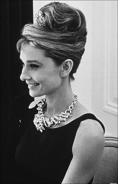 classic, what a beautiful look #audrey #hepburn