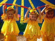 Танец цыплят (Видео Валерии Вержаковой), средняя группа Dancing Baby, Preschool Music, Sports Day, Tiny Dancer, Circle Time, Music For Kids, Kids Shows, Activity Games, Physical Activities