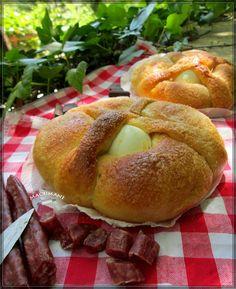RECETA DE MONAS Hispanic Desserts, Pasta Casera, Sweet Little Things, Nice Things, Empanadas, Bagel, Tapas, Goodies, Bread