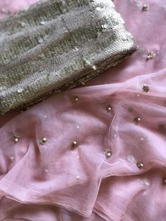 Navy blue sequins work net saree comes with designer seq work blouse pc Net Saree Blouse, Silk Saree Blouse Designs, Saree Dress, Trendy Sarees, Stylish Sarees, Simple Sarees, Saree Color Combinations, Color Combinations For Clothes, Banarsi Saree