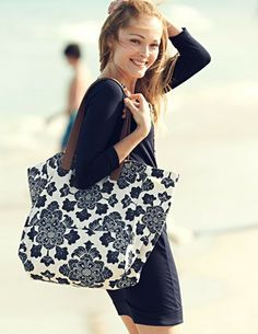 I've spotted this @BodenClothing Beach Bag