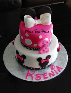 And love the color pink! Minnie Mouse Theme Party, Minnie Mouse Birthday Cakes, Mickey Mouse Cake, Minnie Mouse Cake, Fondant Cakes, Cupcake Cakes, Cupcake Ideas, Birthday Cake Pictures, Birthday Ideas