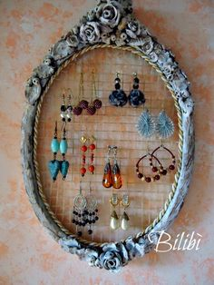 Bilibì: Porta-orecchini da una vecchia racchetta
