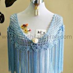 mantoncillo de flamenca crochet celeste
