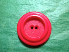 """1 - 1 & 3/8"""" DECORATIVE RED PLASTIC 2-HOLE BUTTON - VINTAGE Lot#NL111"""