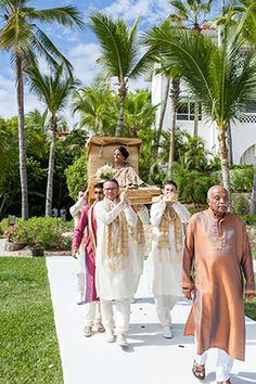 A Beautiful Indian Wedding at the One&Only Palmilla. photo: anaandjerome.com