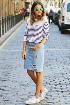 20 Modern Ways to Style a Denim Skirt for Spring | Strap heels ...