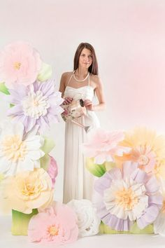 Свадебный декор на заказ  #Paperflowers Paper Flowers Wedding, Crepe Paper Flowers, Paper Flower Backdrop, Paper Roses, Wedding Paper, Wedding Bouquets, Giant Paper Flowers, Hanging Flowers, Faux Flowers