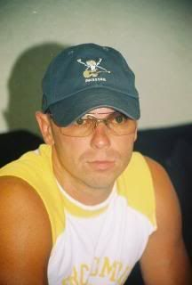 Kenny Chesney.  I just love this pic.