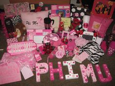 paddlethis:    and the winner goes to PHI MU for the best gifts to their little sis. any little would be lucky to receive so many gifts from their big!