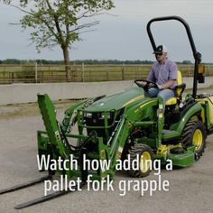John Deere Attachments, Skid Steer Attachments, Tractor Attachments, Tree Cutting Service, Farm Hacks, Buzzfeed Food Videos, Tractor Accessories, Small Tractors, Tractor Implements