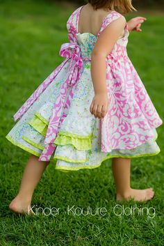 another Farbenmix Feliz Little Girl Summer Dresses, Little Dresses, Girls Dresses, Big Girl Clothes, Sewing Kids Clothes, Kids Clothing, Little Kid Fashion, Kids Fashion, Black Denim Shirt