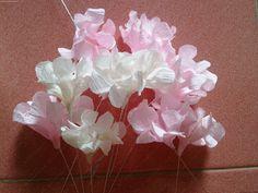 Hướng dẫn làm hoa cẩm tú cầu bằng giấy nhún - Hydrangea paper flower tutorial Tutorial at https://www.youtube.com/watch?v=xgSQvVy4iFw